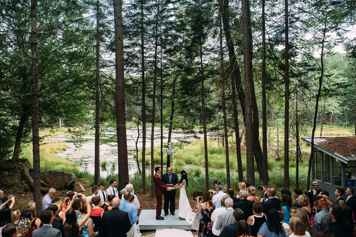 upstate-new-york-rustic-woodsy-wedding-14