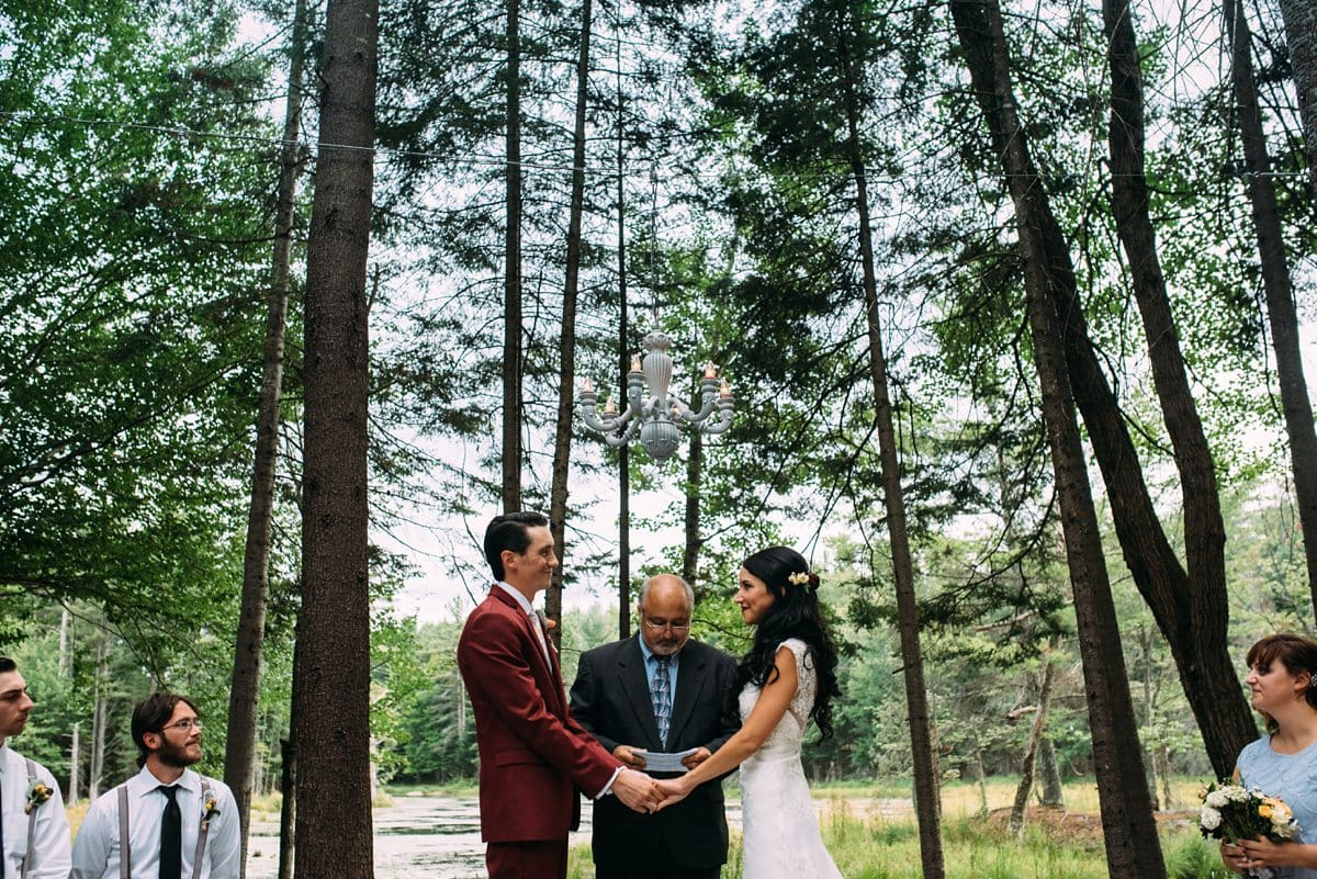 upstate-new-york-rustic-woodsy-wedding-15