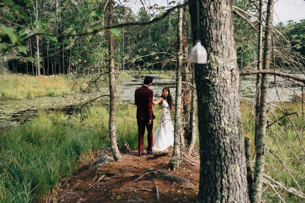 upstate-new-york-rustic-woodsy-wedding-27