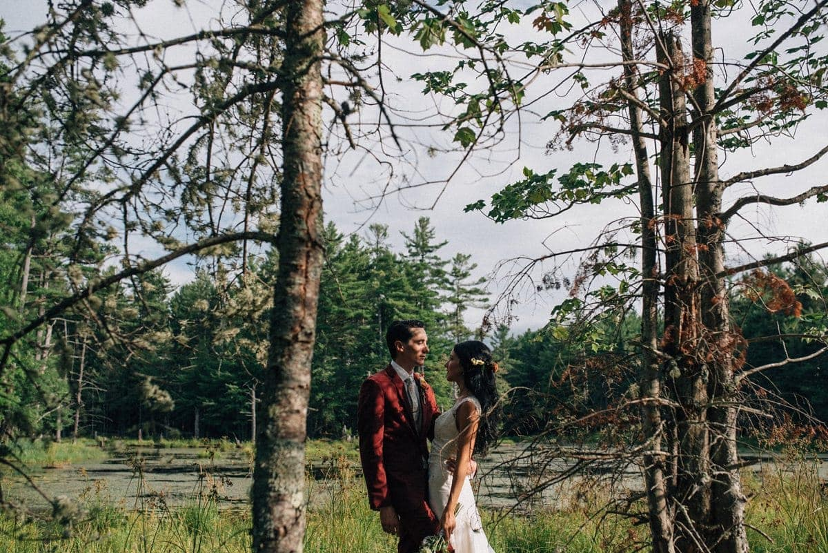upstate-new-york-rustic-woodsy-wedding-28