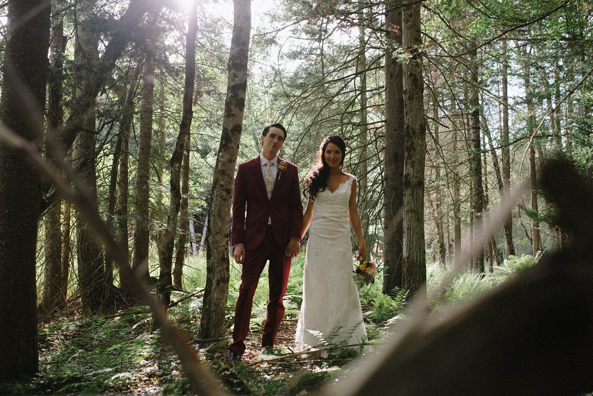 upstate-new-york-rustic-woodsy-wedding-31
