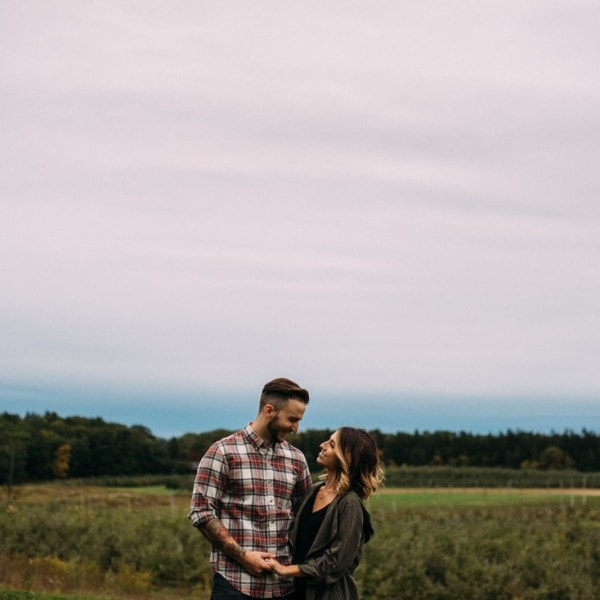 Nicole+Sam's Indian Ladder Farms Engagement Shoot