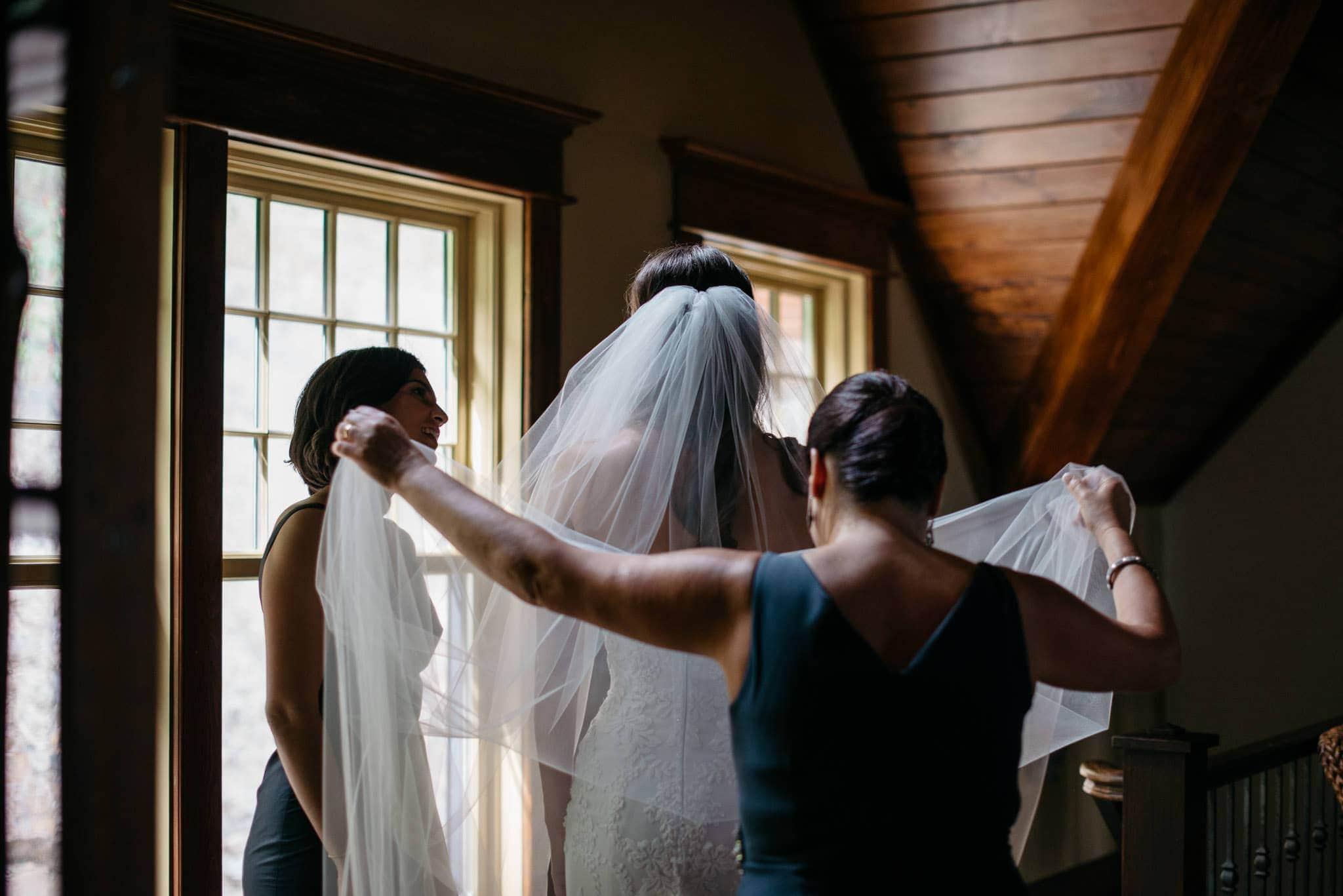 upstate-ny-lake-wedding-09
