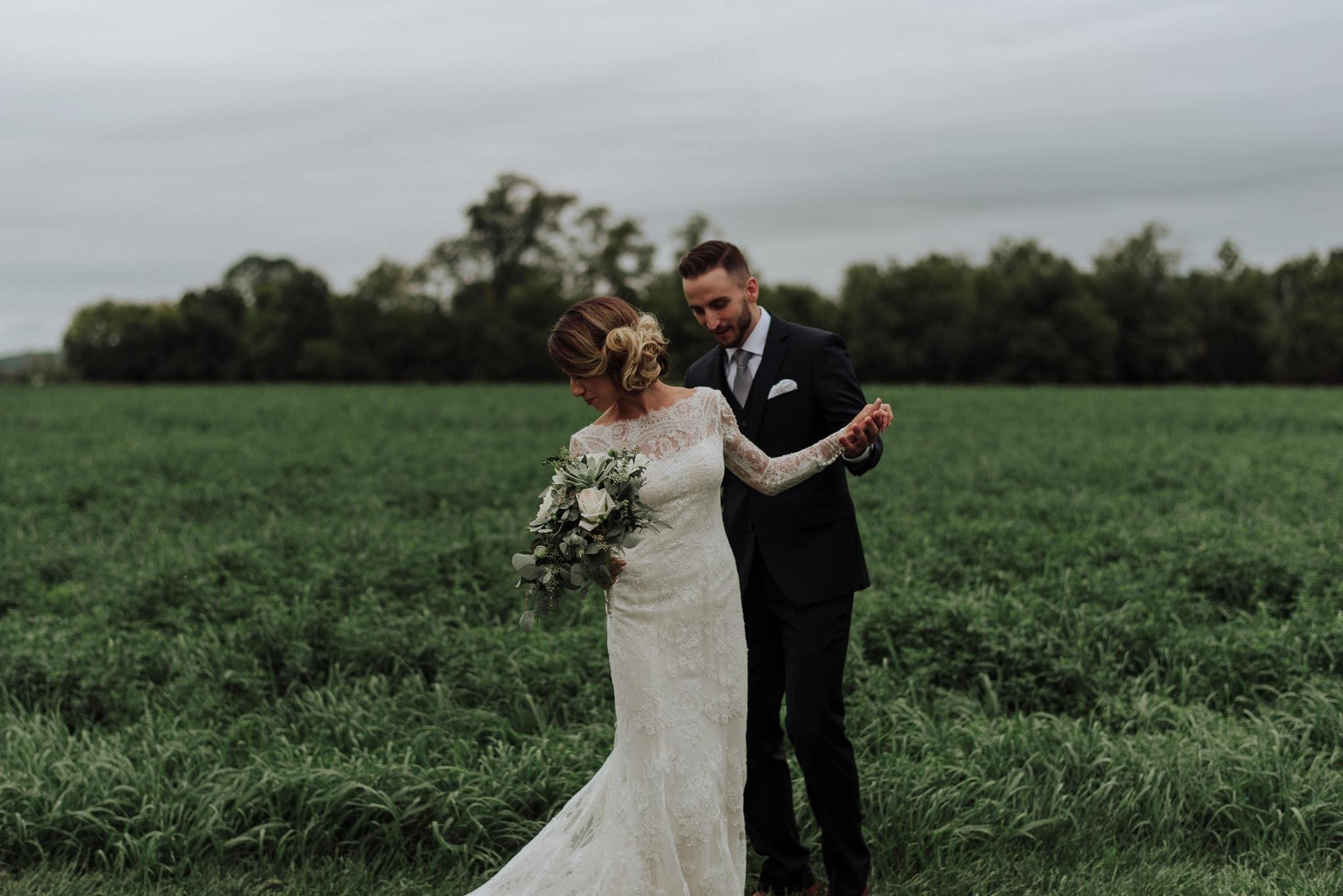 hayloft-on-the-arch-wedding-24