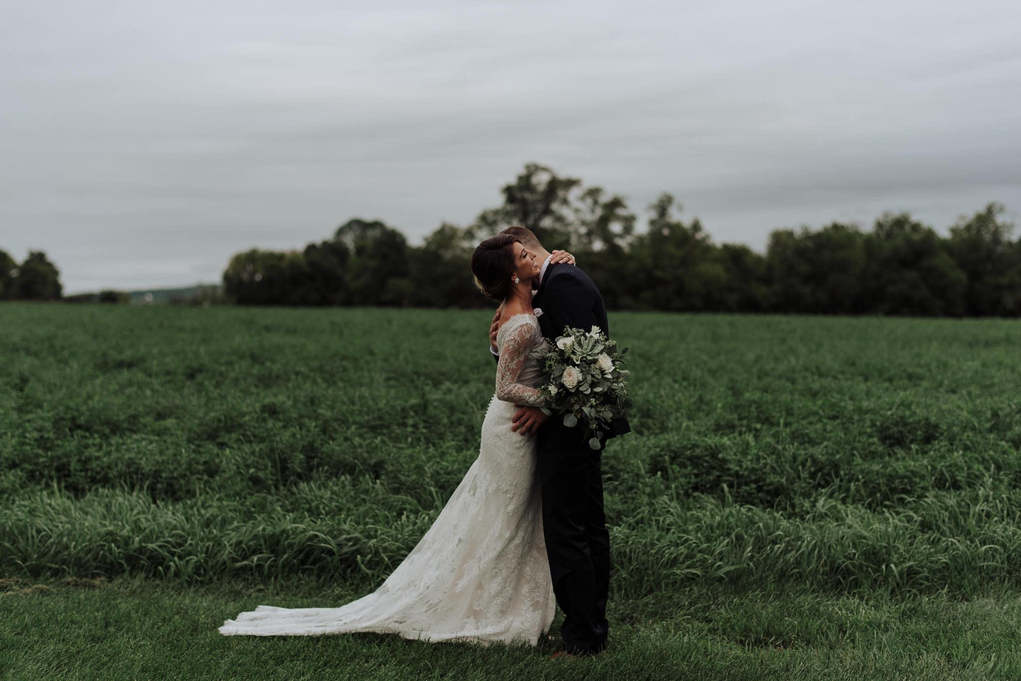 hayloft-on-the-arch-wedding-25
