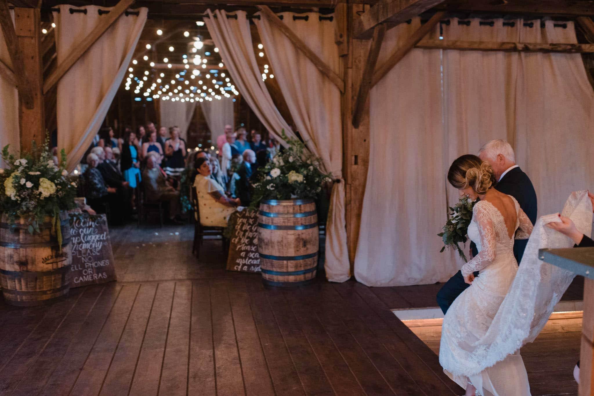 hayloft-on-the-arch-wedding-35