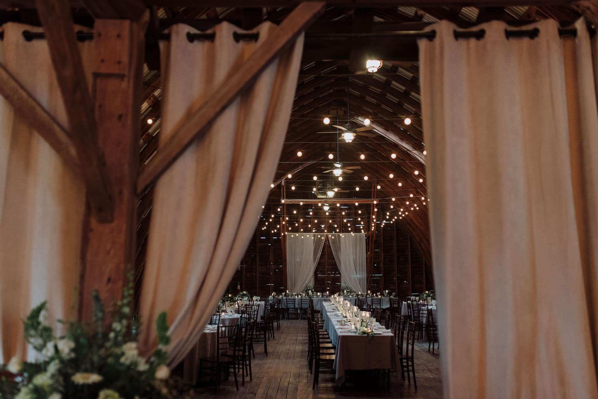 hayloft-on-the-arch-wedding-61