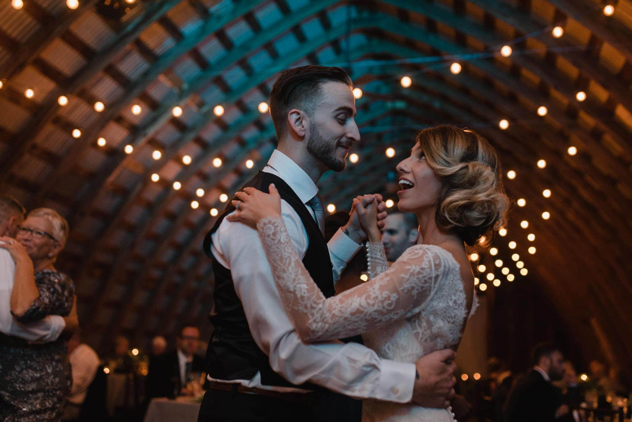 hayloft-on-the-arch-wedding-77